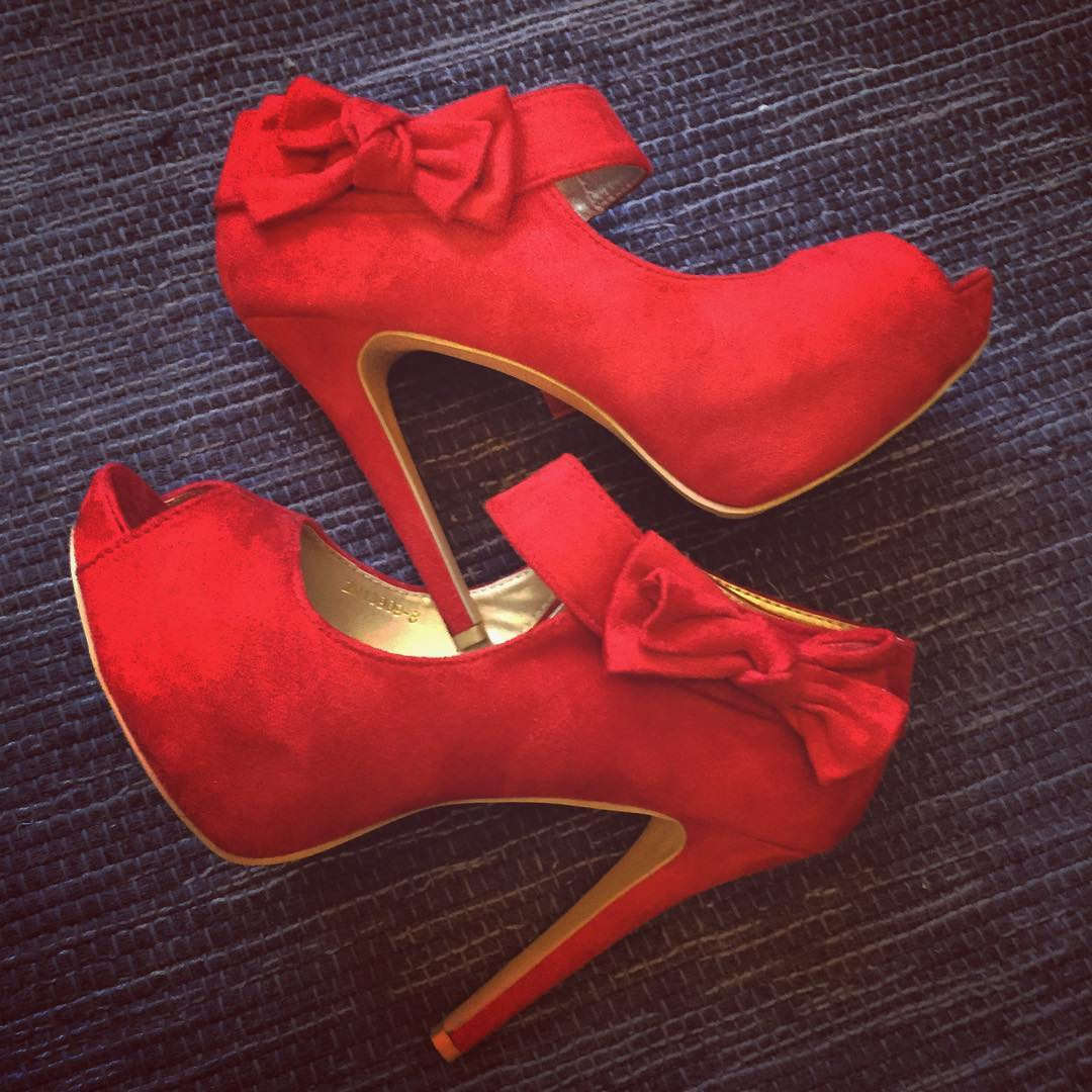 Dazzling Peep Toe Slingback High Heels With Bow Knot