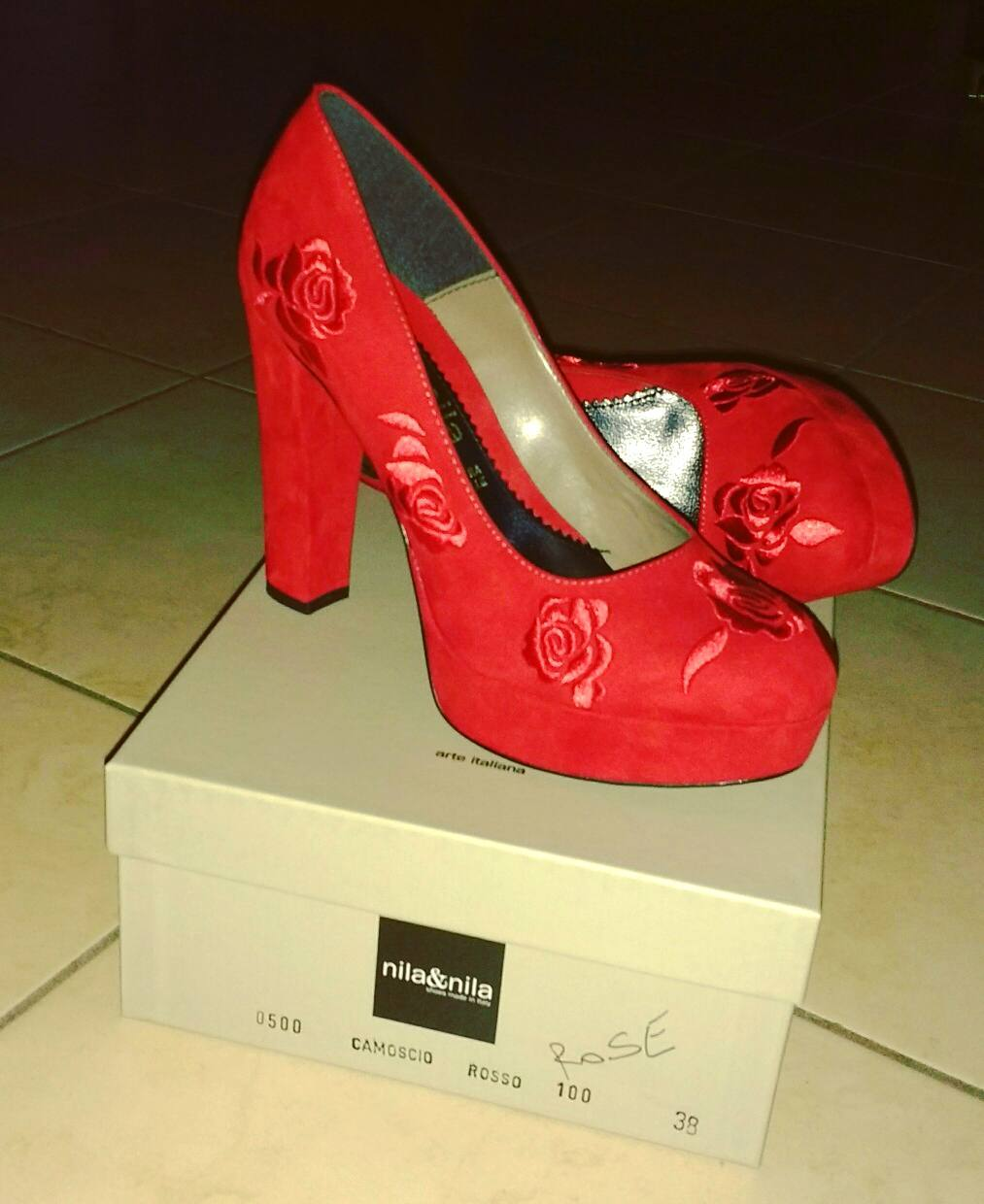 Exquisite Red Embroidered High Heel Shoes