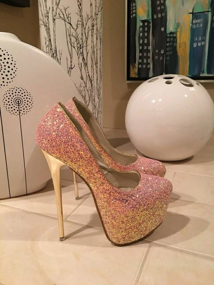 Glittery Pink With Golden Rounded Toe High Heels