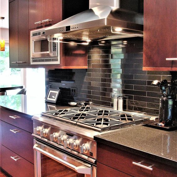 Glowing Cherry Cabinetry In Contemporary Kitchen