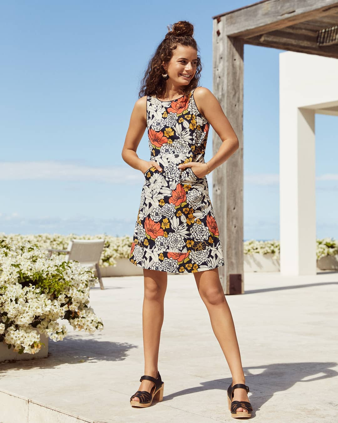 Incredible Floral Print Summer Dress With Pockets And Back Zip