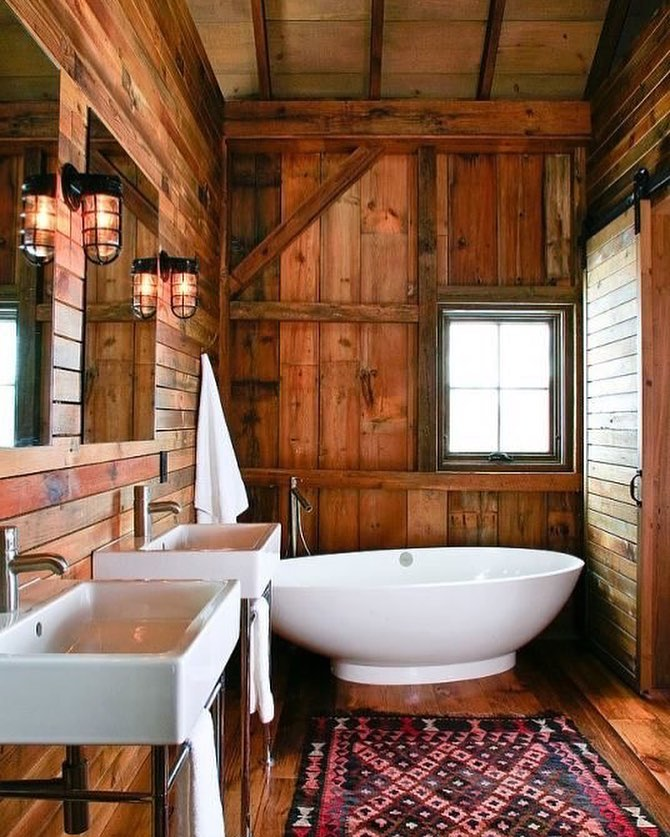 Lovely Modern Rustic Bathroom At Mountains