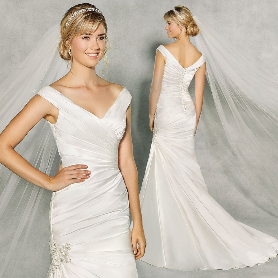 Pleated Satin Fabric Fishtail Wedding Gown