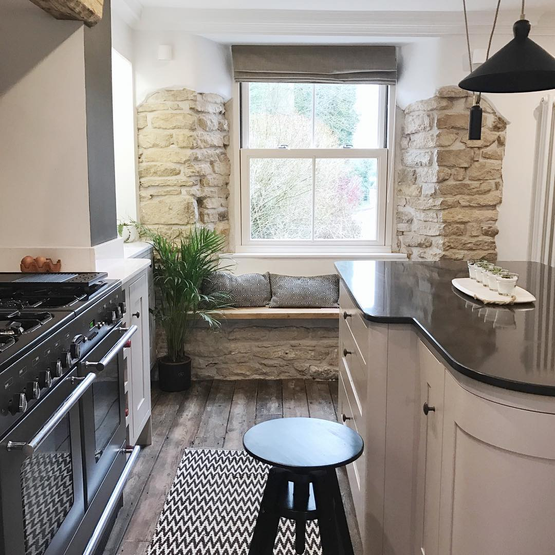 Rustic Touch Contemporary Kitchen Design
