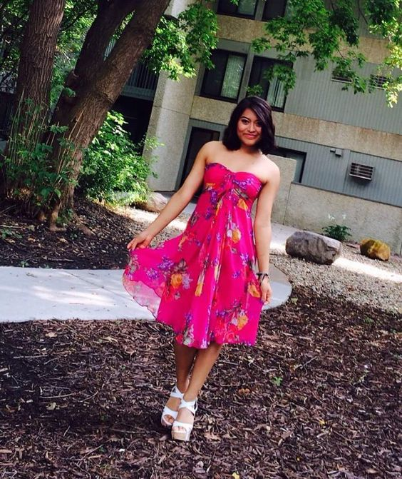 Sleeveless Pink Floral Midi With High Heels