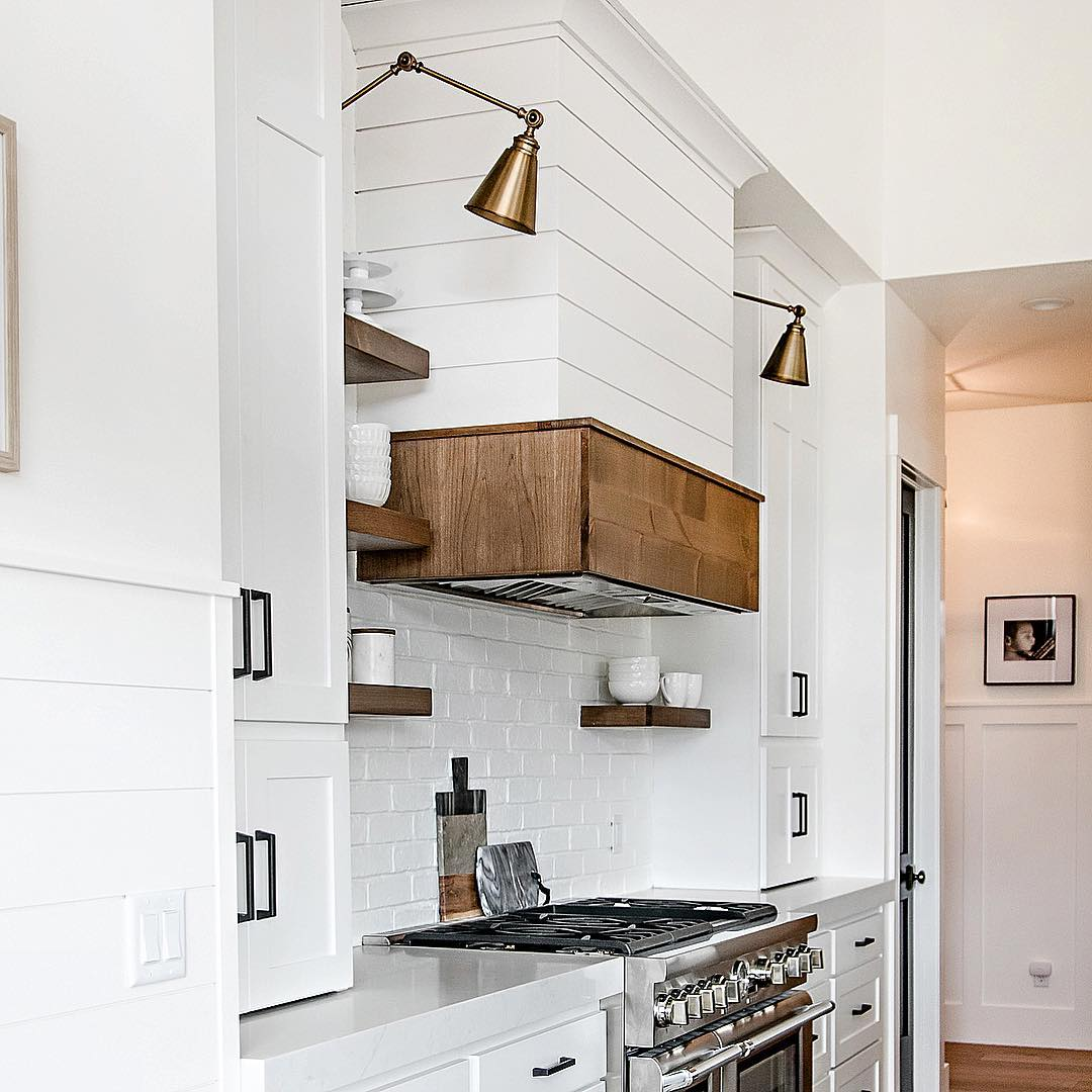 Traditional Kitchen Renovated To Contemporary