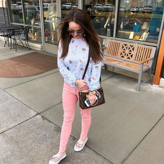 Alluring Floral Top, Pink Distressed Jeans And Matching Sneakers