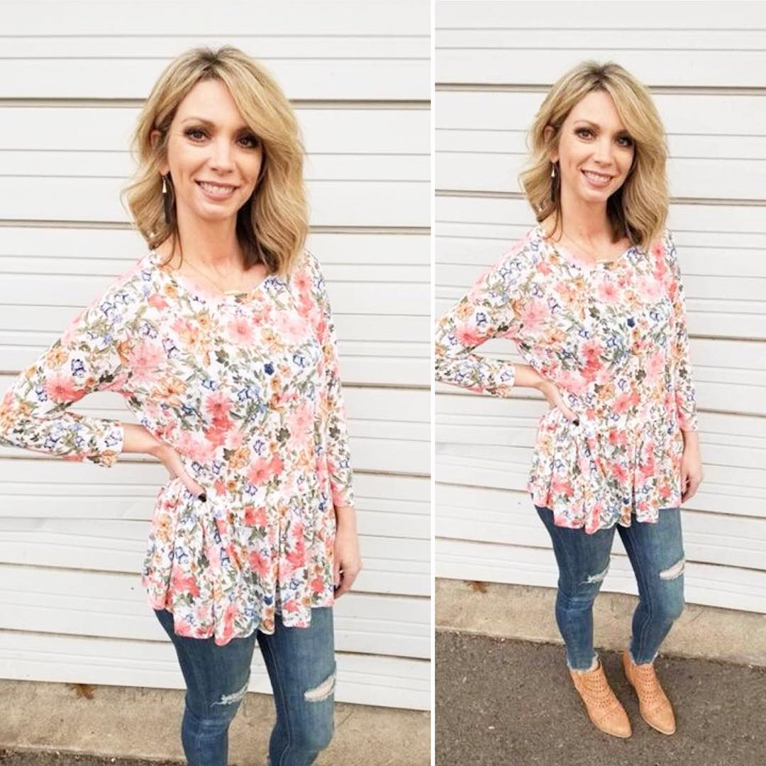 Amazing Floral Ruffle top With Ripped Denim Jeans And Booties