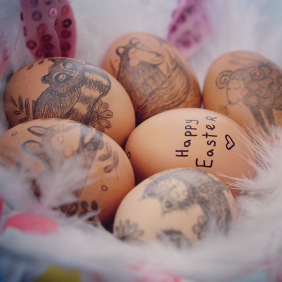 Beautiful Animals Decorated On Eggs