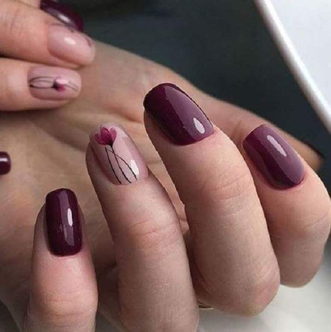 Beautiful Wine Glossy Polish With Tulip Design For Square Oval Nails