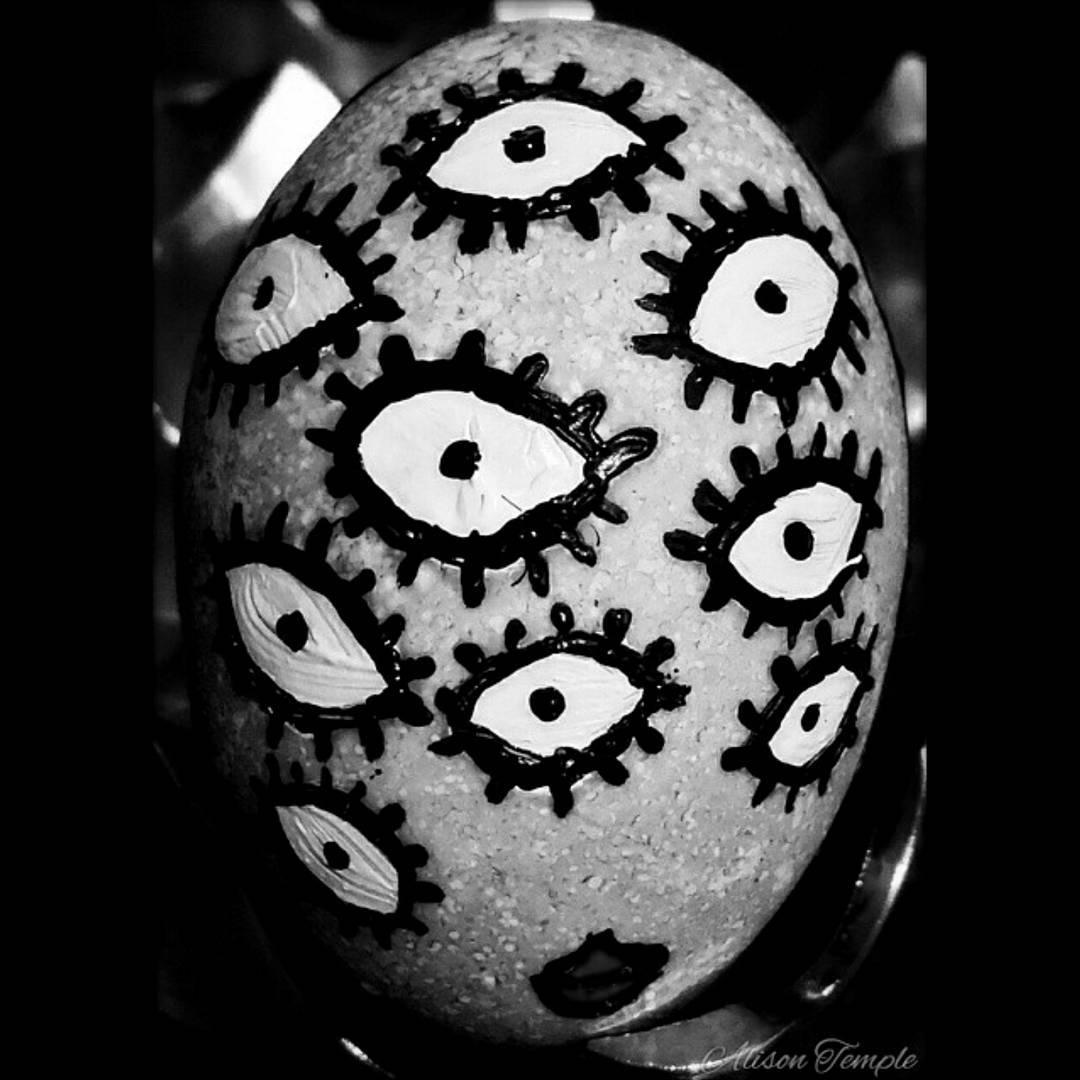 Black & White Easter Egg Decor
