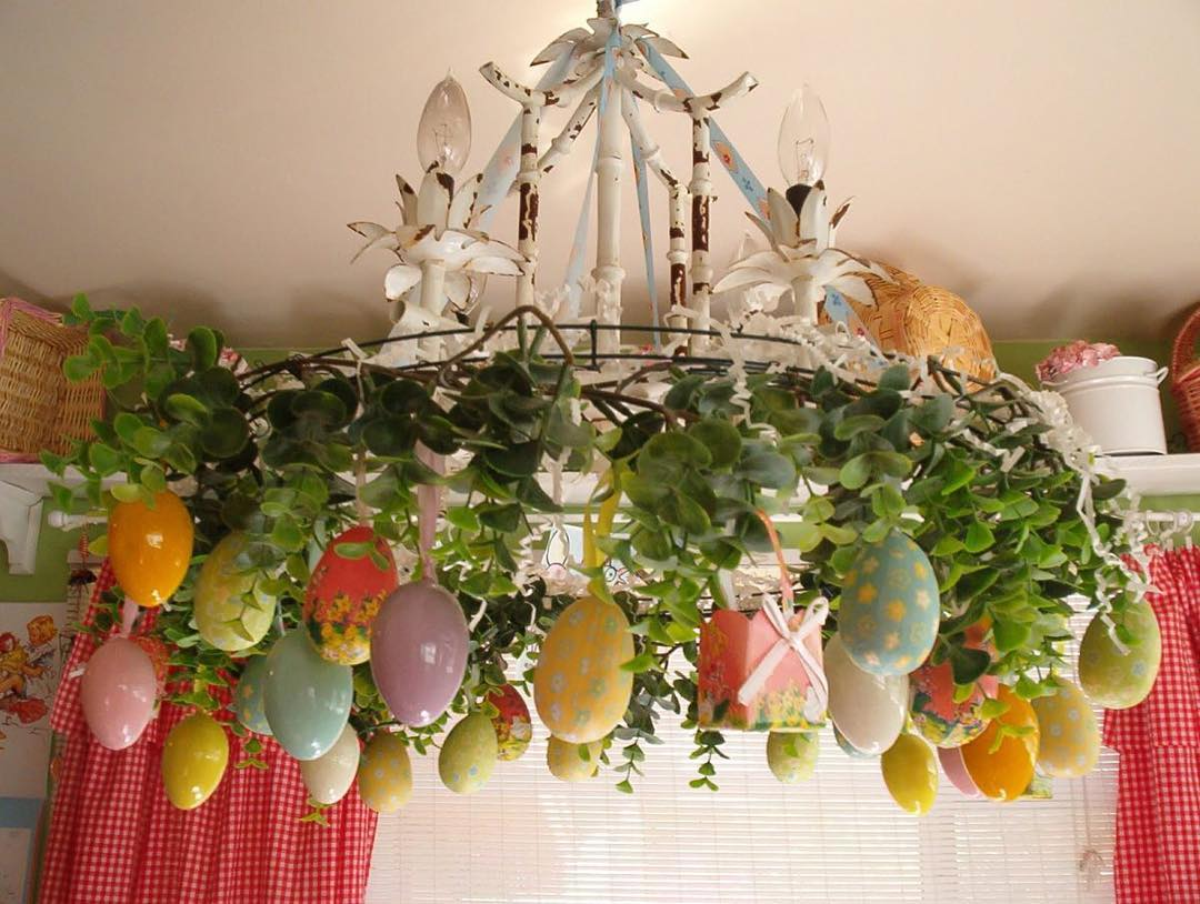 Chandelier Is Decorated With Easter Eggs Ans Gift