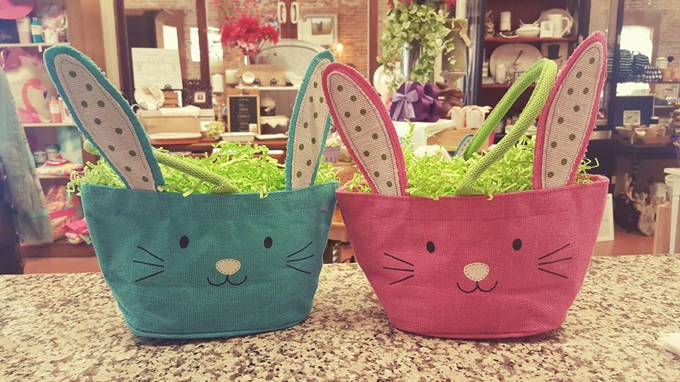 Chic Colored Bunny Shape Easter Basket Design