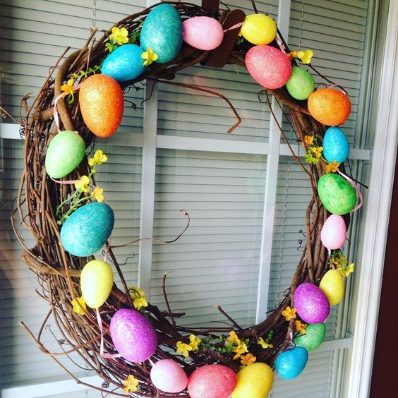 Colorful Eggs To Make Awesome Wreath For Easter