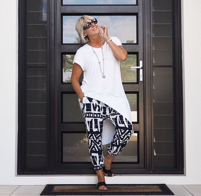 Exclusive Black & White Mirage Pant With White Tunic Amazing Resort Wear In Summer