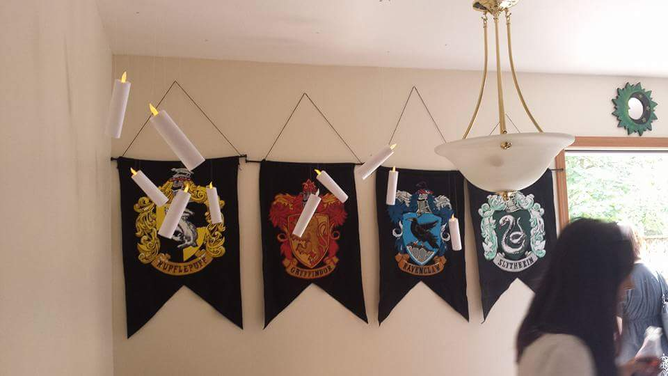 Floating Candles And Hogwarts Houses Wall Hangings For Harry Potter Theme Party