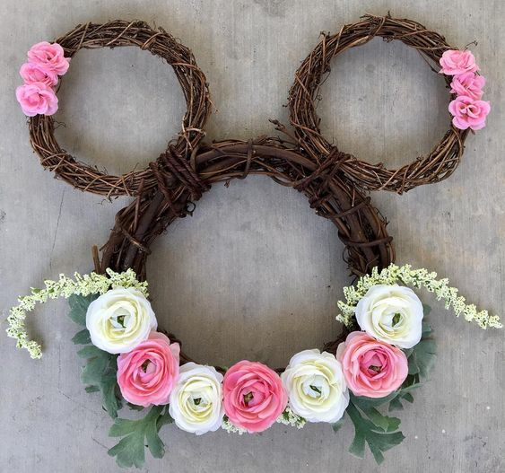 Floral Minnie Mouse Wreath For Fancy Easter Decoration