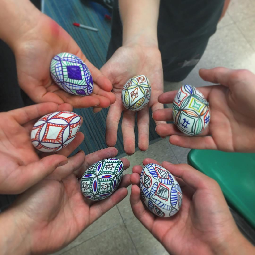 Impressive Easter Egg Ideas with Permanent Marker