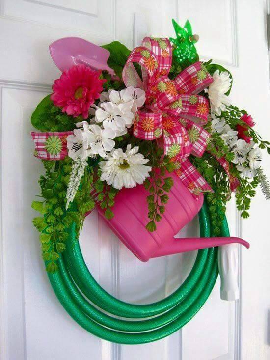 Innovative Gardening Tools Wreath Idea