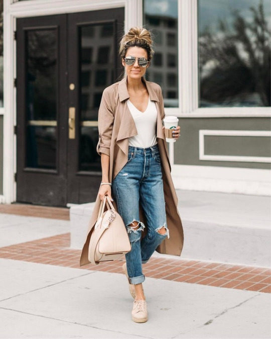 Long Cape, White Top With Ripped Jeans