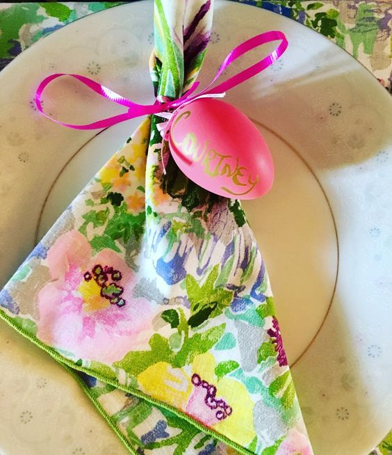 Lovely Pink Eggs Used To Decorate Table