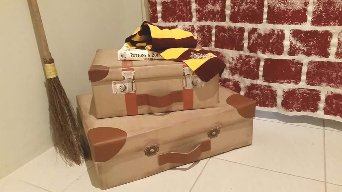 Magical Broom And DIY Harry Potter Stuff For Kids Room