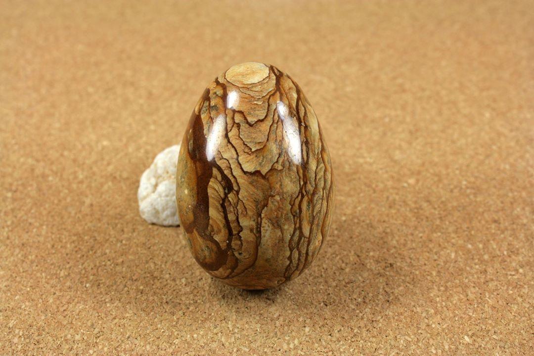Marble Decor On Egg
