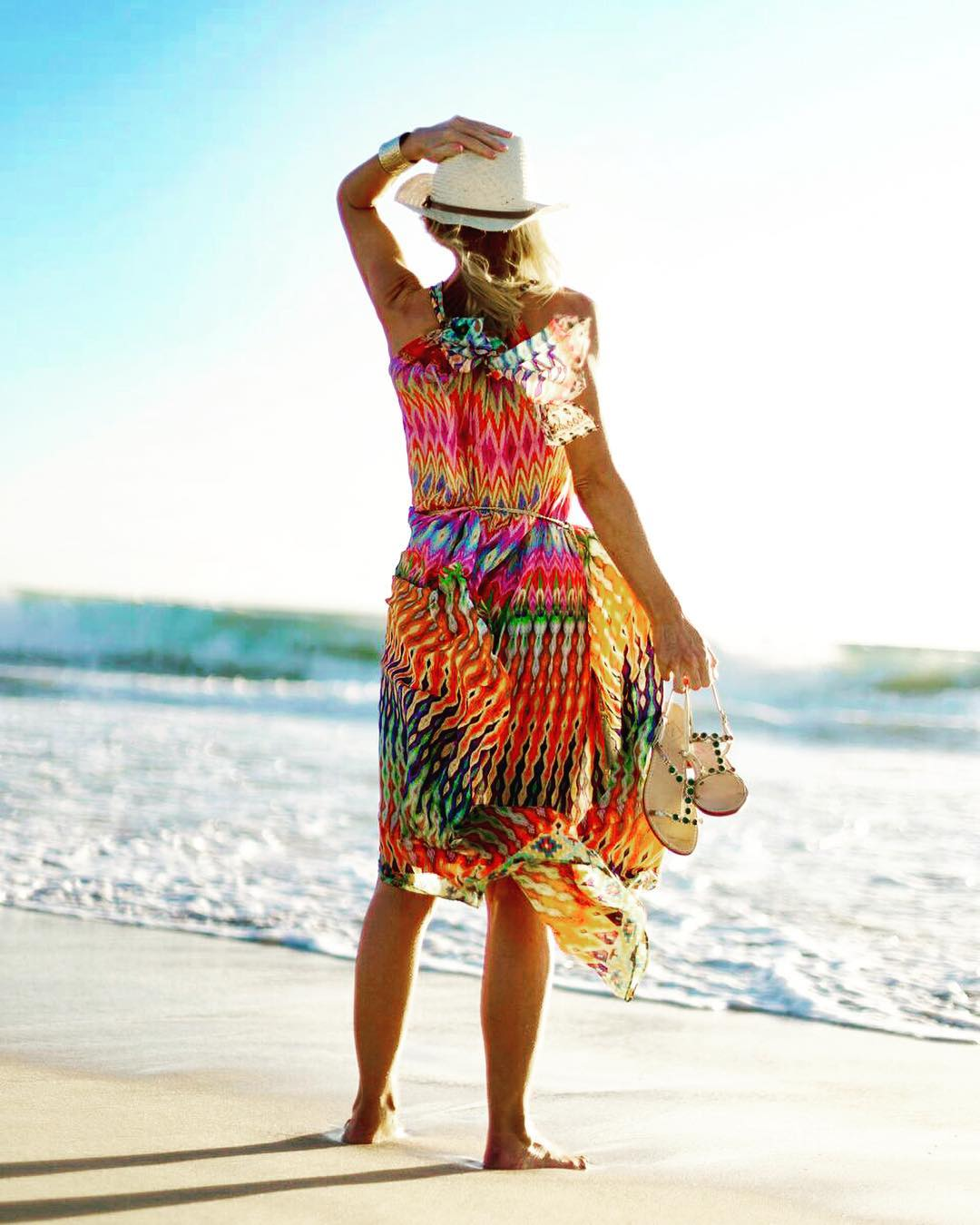 Multicoloured Printed Beach Party Dress With Hat