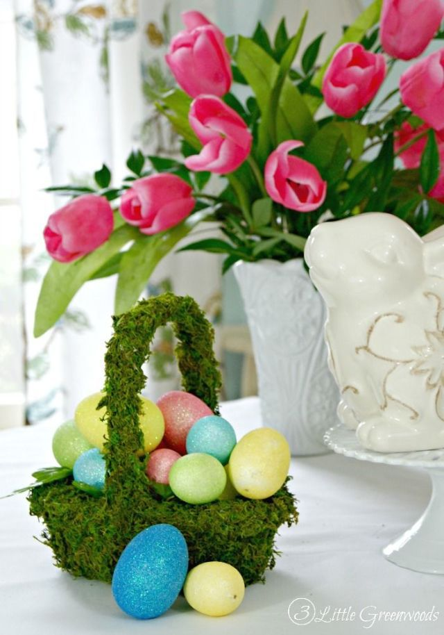Natural Green Moss Easter Basket With Eggs