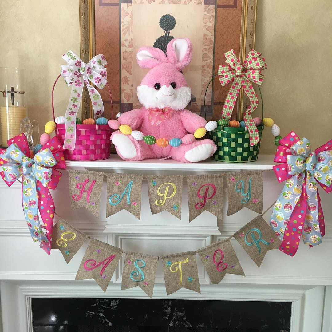 Perfect Mantel Decor At Easter