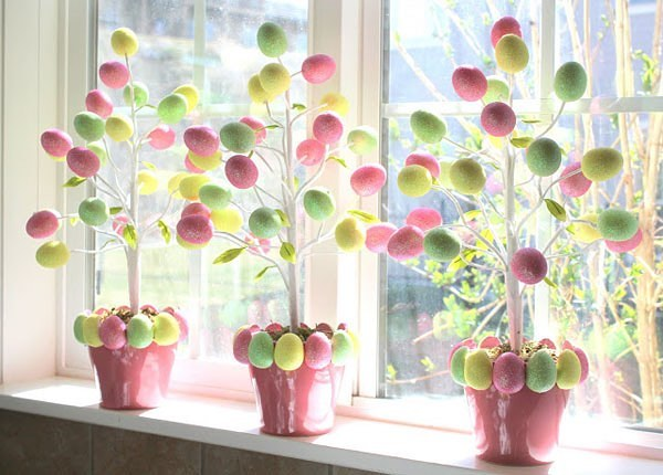 Stunning Eggs Decorated In Plant To Decorated Your Home At Easter