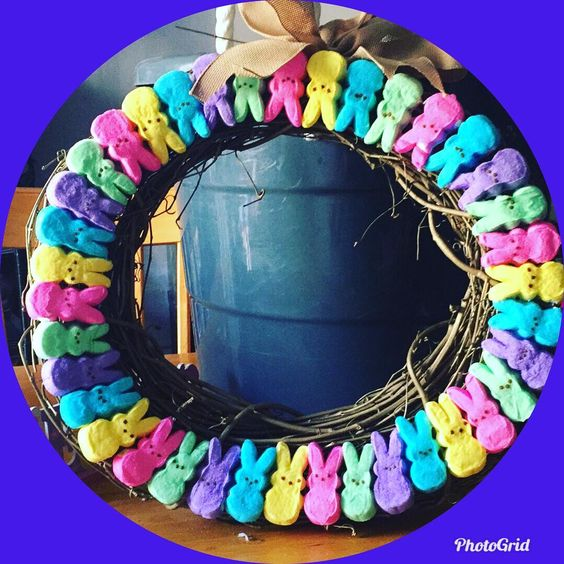 Sweet Bunny Shape Candy Easter Wreath