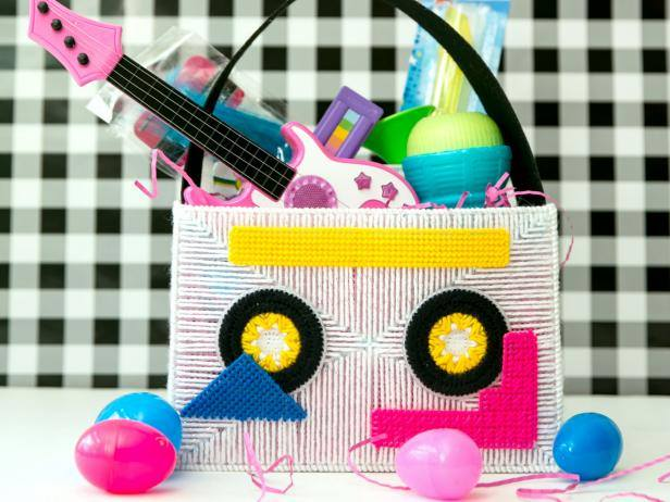 Thread Easter Basket With Toys