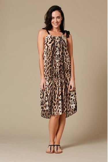 Versatile Animal Print Summer Wear With Flats