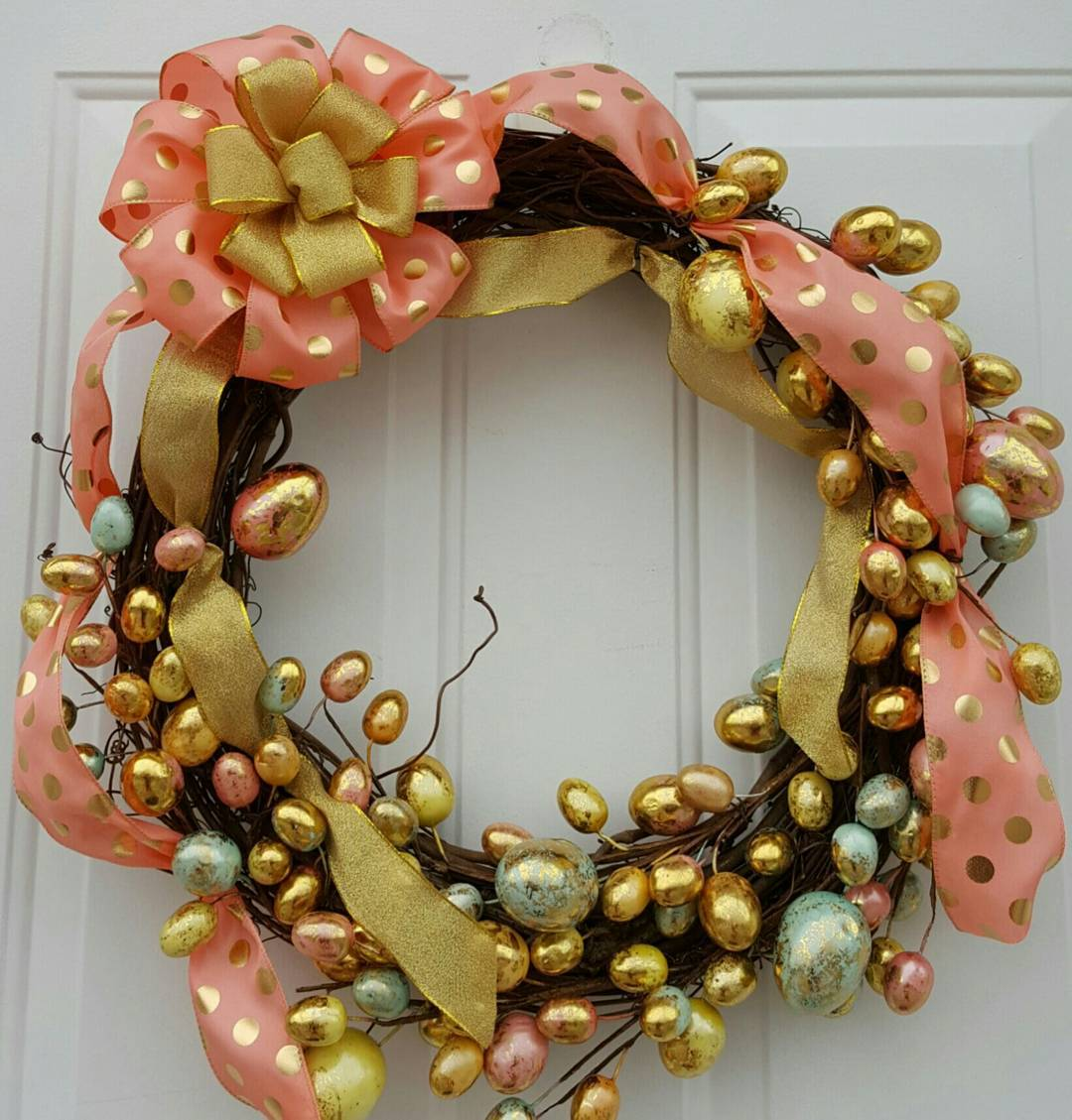 Vibrant Golden Sparkling Wreath For Easter Celebration