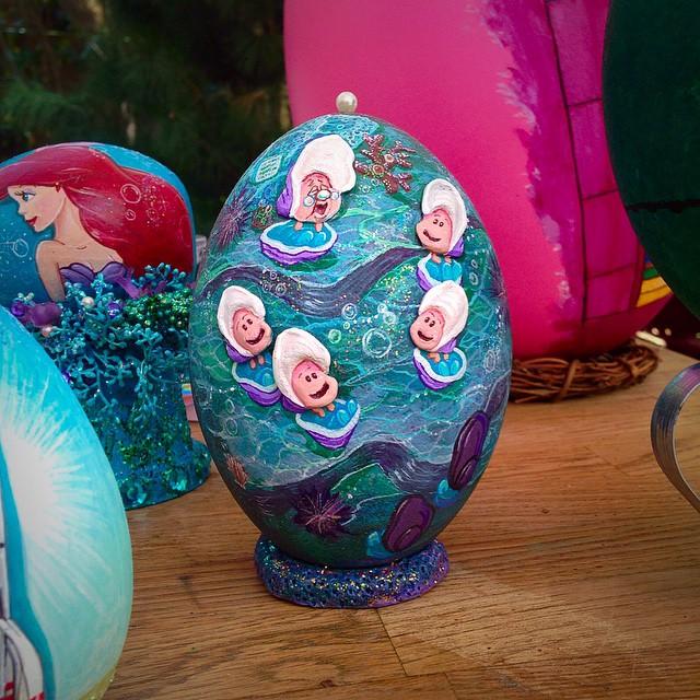 Wonderful Disneyland Is Painter On Egg