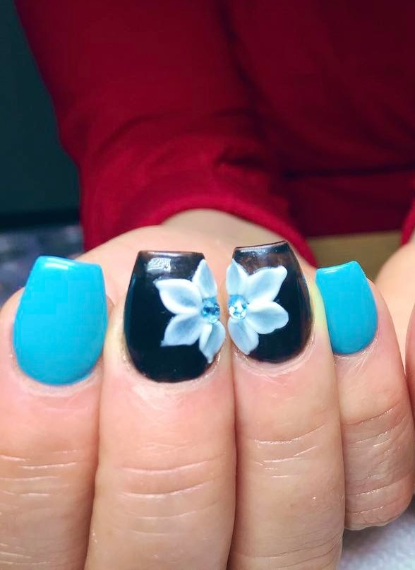 3D Flower Design For Beautiful Nails