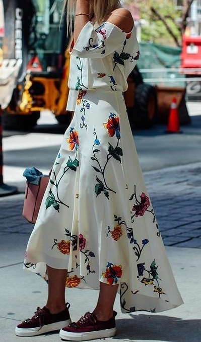 Absolutely Stunning Maxi Dress With Sneakers