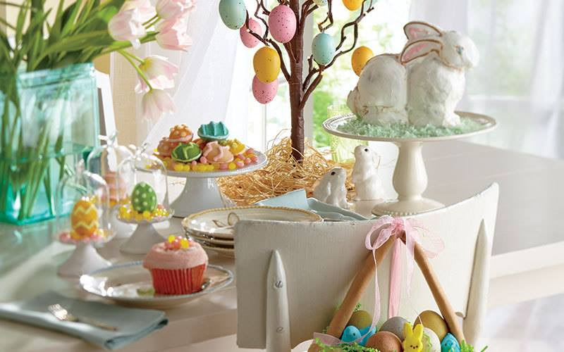 Amazing Colorful Decorated Eggs and Sweet Treats Table Decor