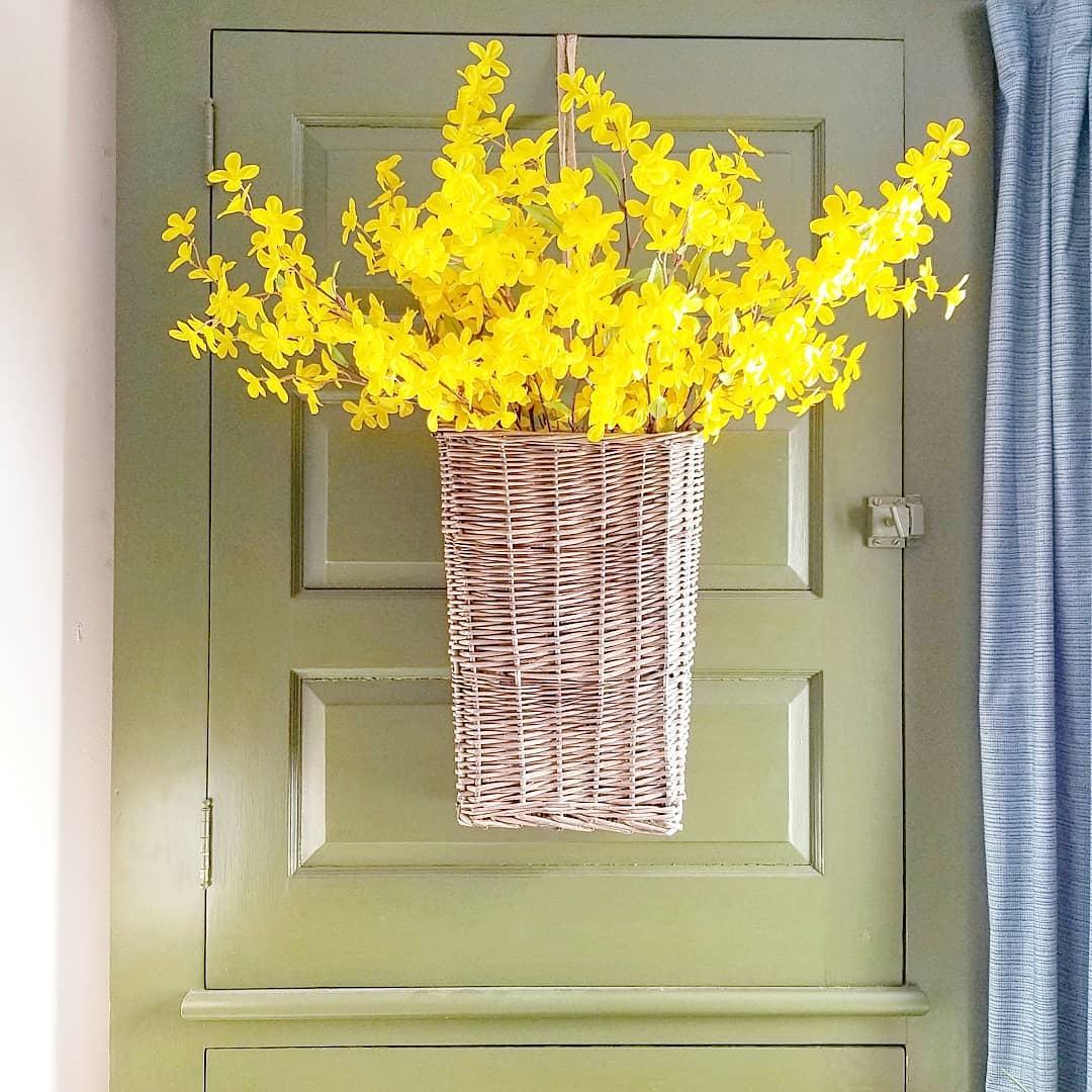 Blissful Fresh Flower Summer Decor Idea