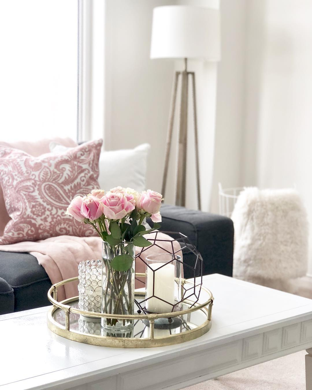 Charming Fresh Flowers For Side Table