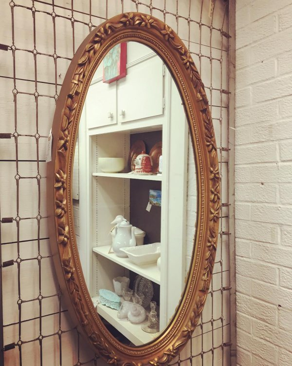Classy Collections Of Oval Shape Mirror