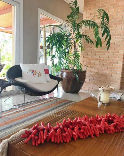 Early Living Room Decorations For A Summer Ready Home