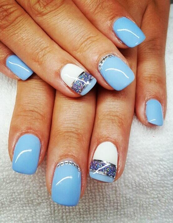 31 Light Blue And White Nails To Stay Simple Pic Originally Posted Agiagiszepsegszalon Via