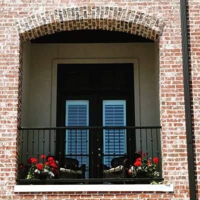 Vibrant Minimist Balcont Decor For Summer