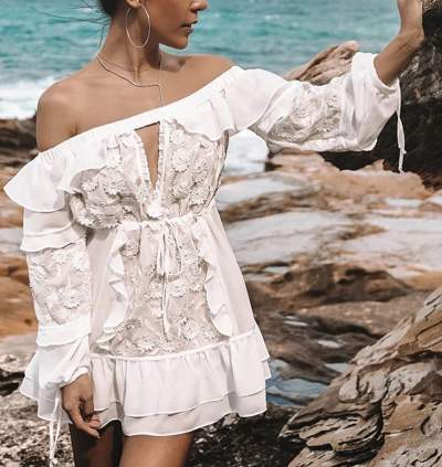 Wonderful Off Shoulder White Short Dress For Beach Party