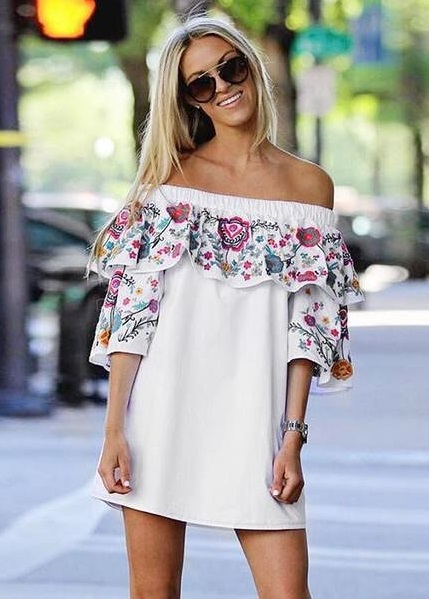 Boho Style Off Shoulder Short Embroidered Dress With Sunglasses
