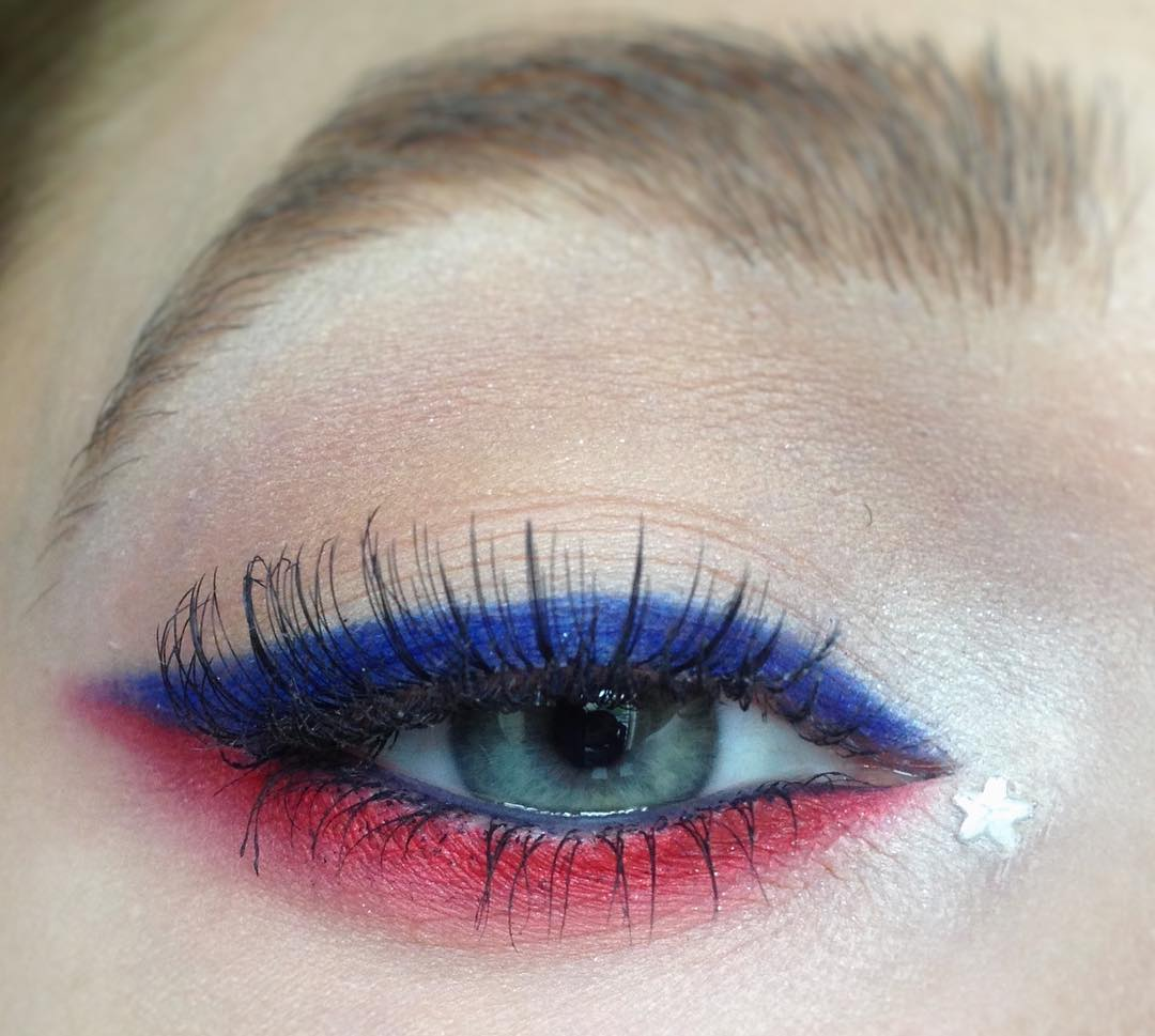 Cat Eyes With Red And Blue Eyeliner