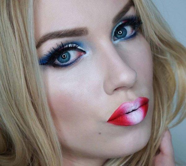 Cute Eye And Lip Makeup