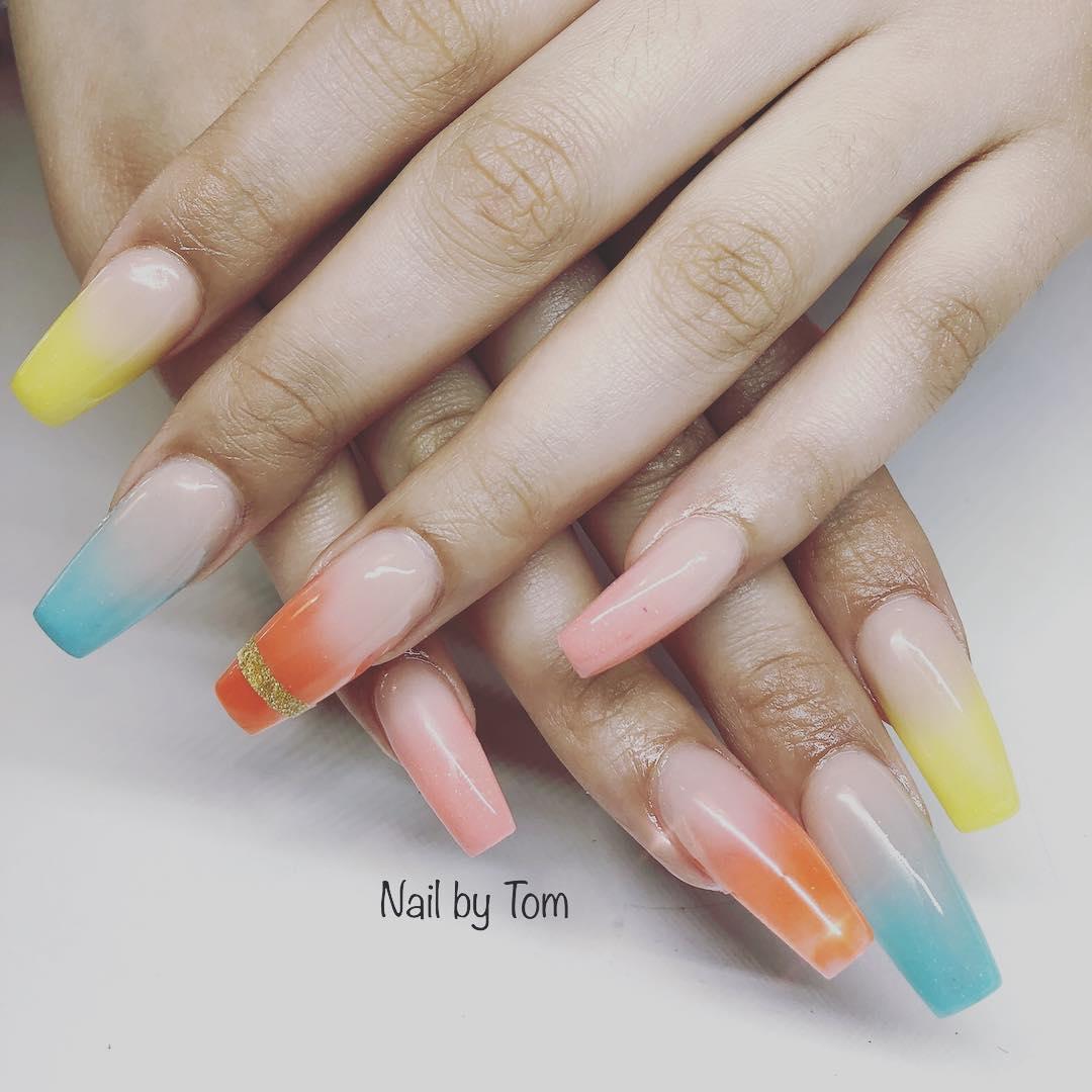 Dashing Summer Nails